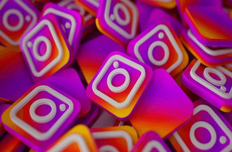 Instagram Live: Προσθήκη χρηστών!